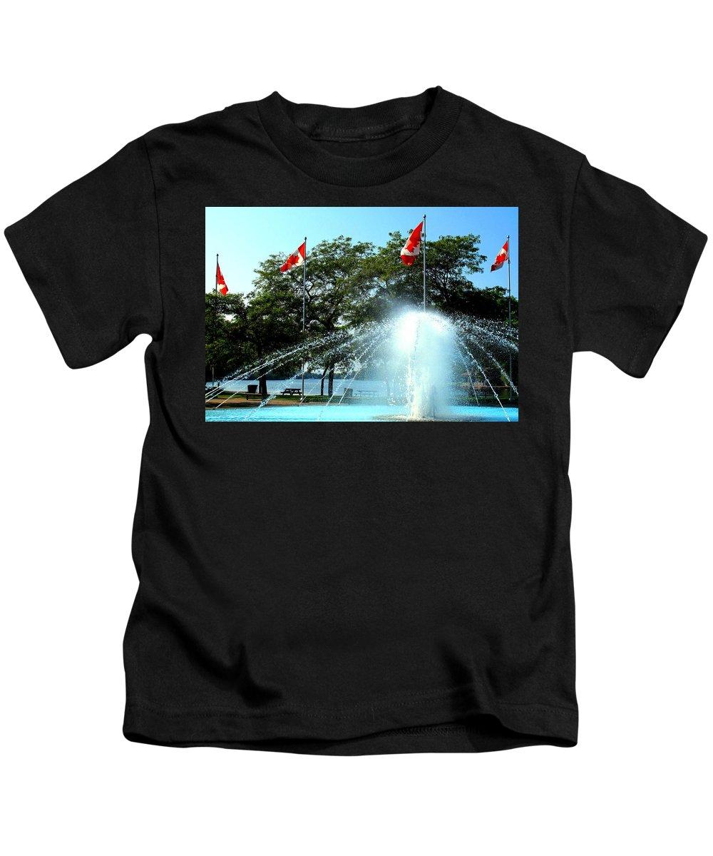 Toronto Kids T-Shirt featuring the photograph Toronto Island Fountain by Ian MacDonald
