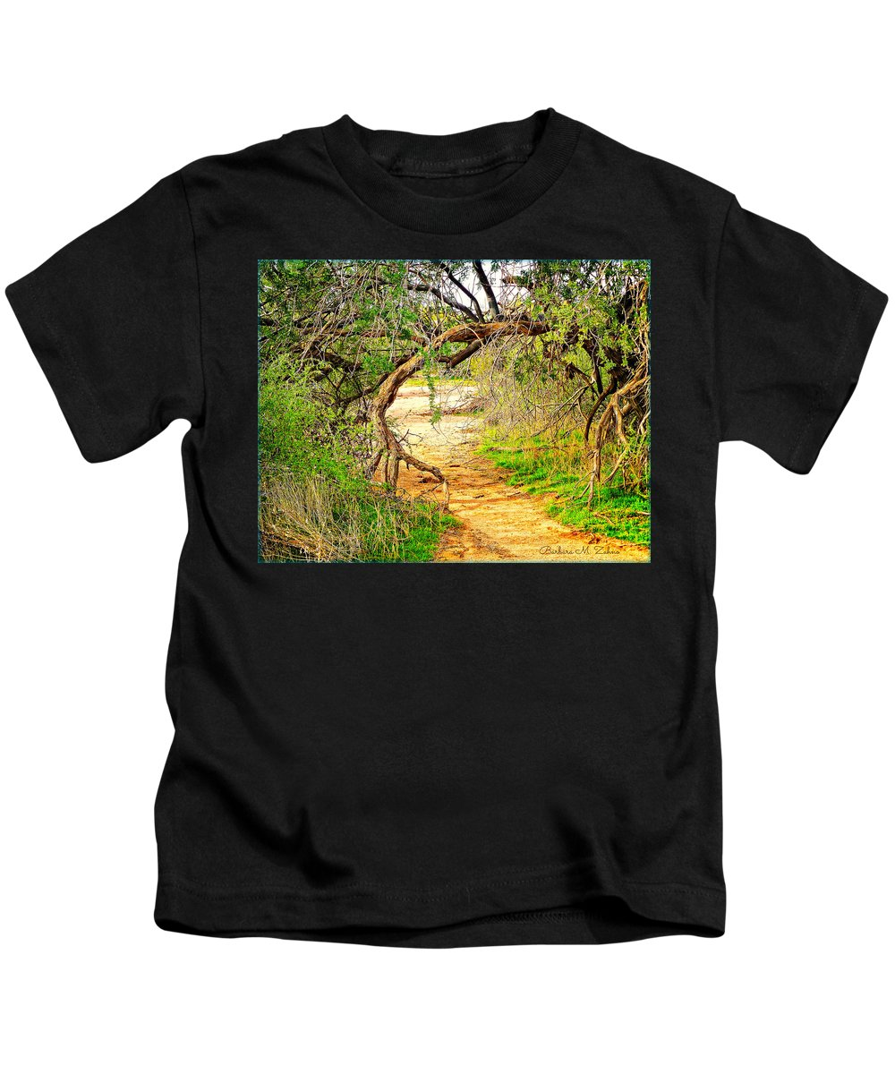 Mcdowell Regional Mountain Park Kids T-Shirt featuring the photograph Tree Gate by Barbara Zahno