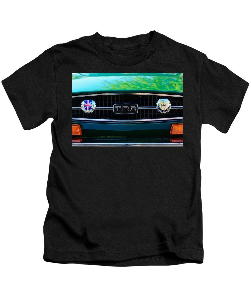 Triumph Tr 6 Grille Emblem Kids T-Shirt featuring the photograph Triumph Tr 6 Grille Emblem by Jill Reger