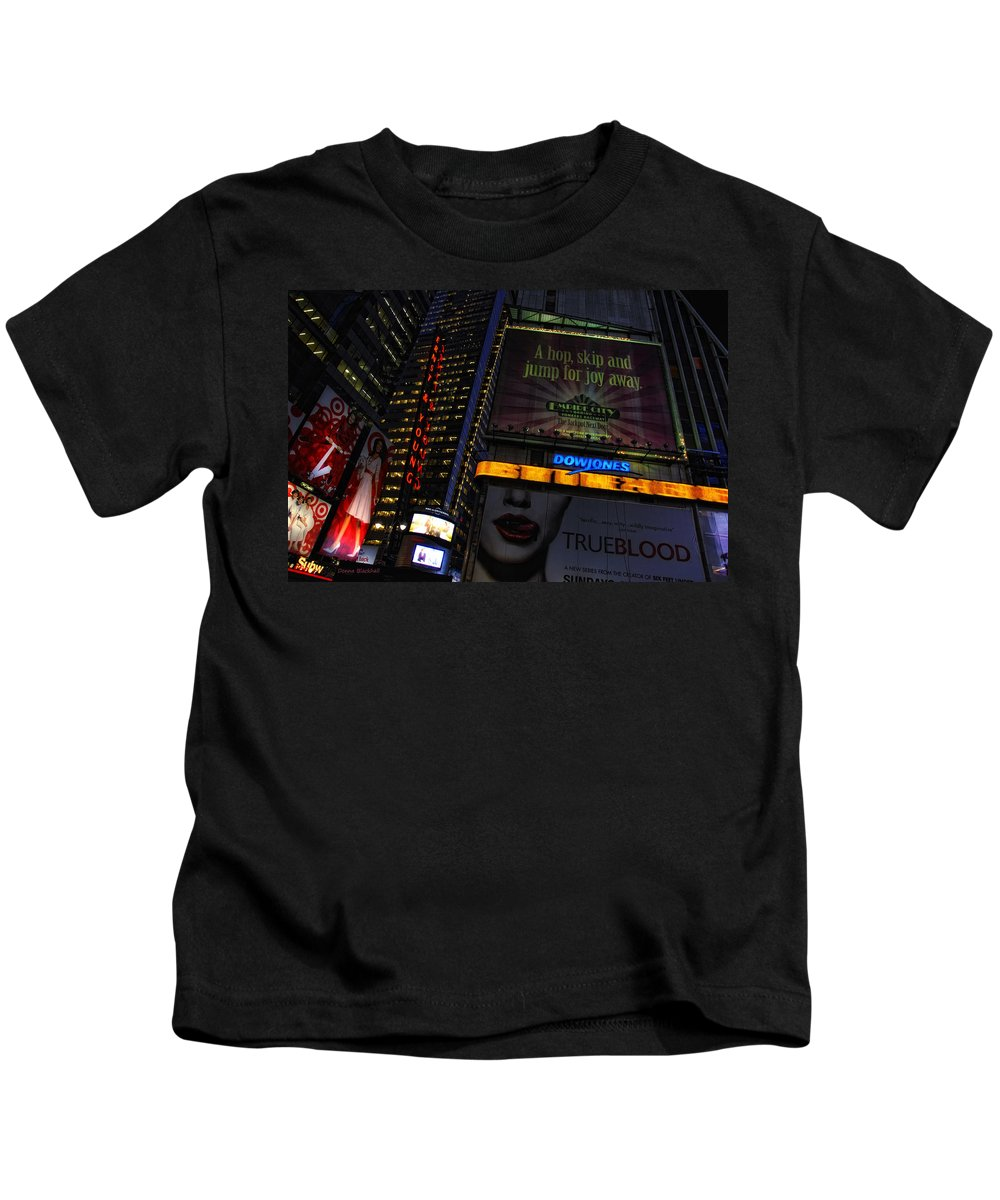 New York Kids T-Shirt featuring the photograph True Blood by Donna Blackhall