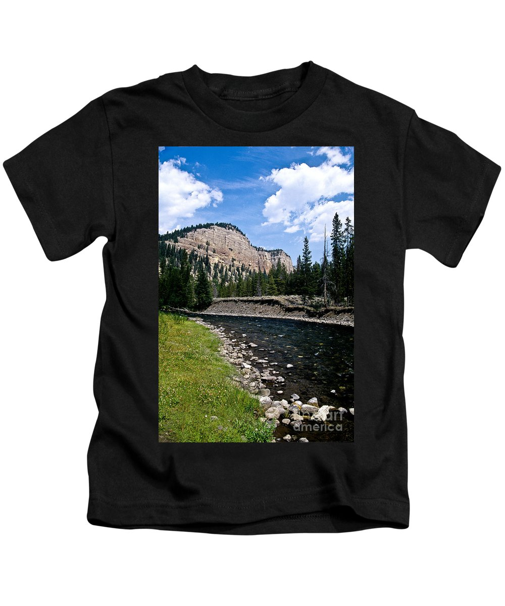 Landscape Kids T-Shirt featuring the photograph Upriver In Washake Wilderness by Kathy McClure