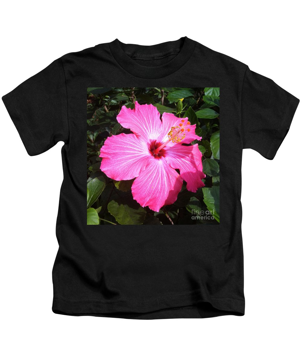 Hibiscus Kids T-Shirt featuring the photograph Vibrant Pink Hibiscus by Carol Groenen