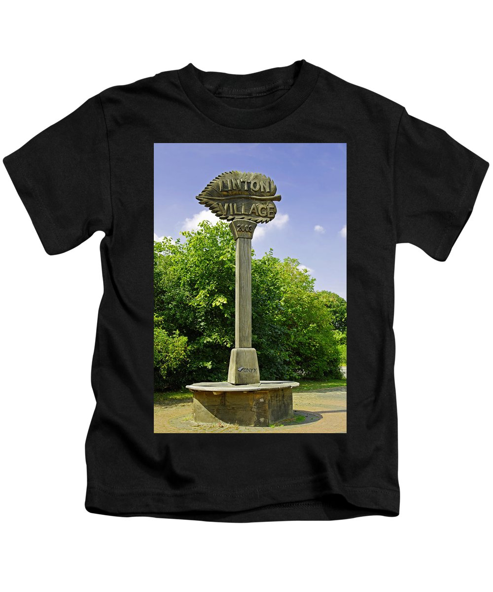 Derbyshire Kids T-Shirt featuring the photograph Village Sign For Linton - Derbyshire by Rod Johnson