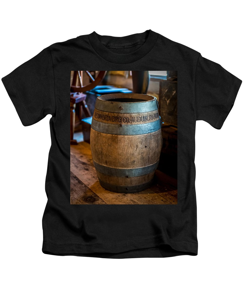 Keg Kids T-Shirt featuring the photograph Vintage Barrel by Paul Freidlund