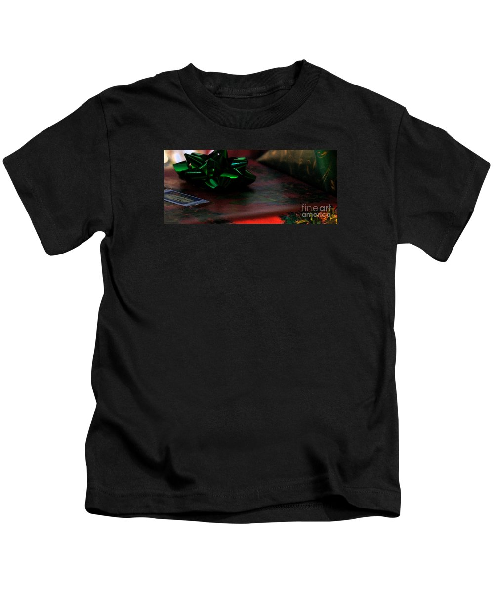 Christmas Kids T-Shirt featuring the photograph Warm Wishes by Linda Shafer