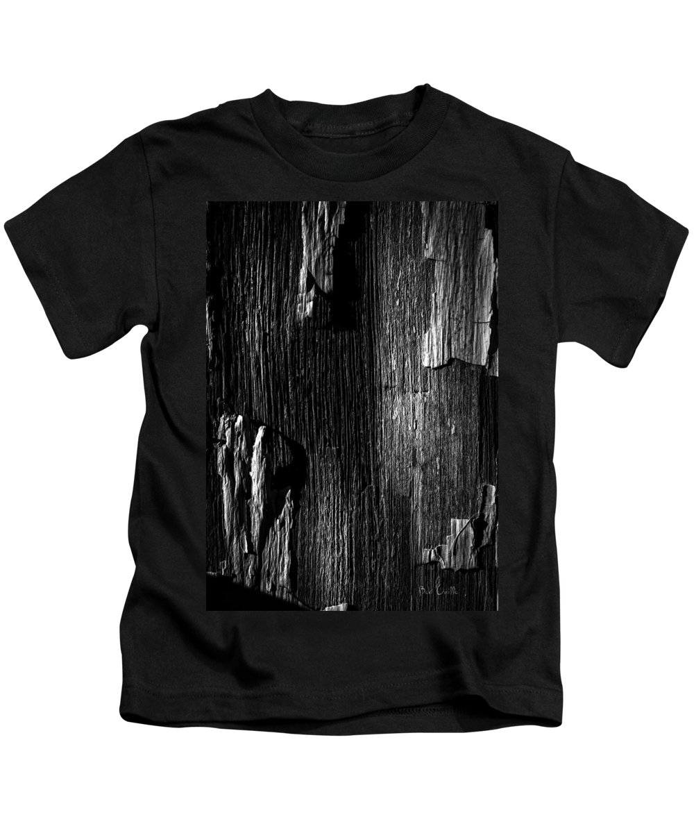 Abstract Kids T-Shirt featuring the photograph White Chip Paint On The Old Red Barn by Bob Orsillo