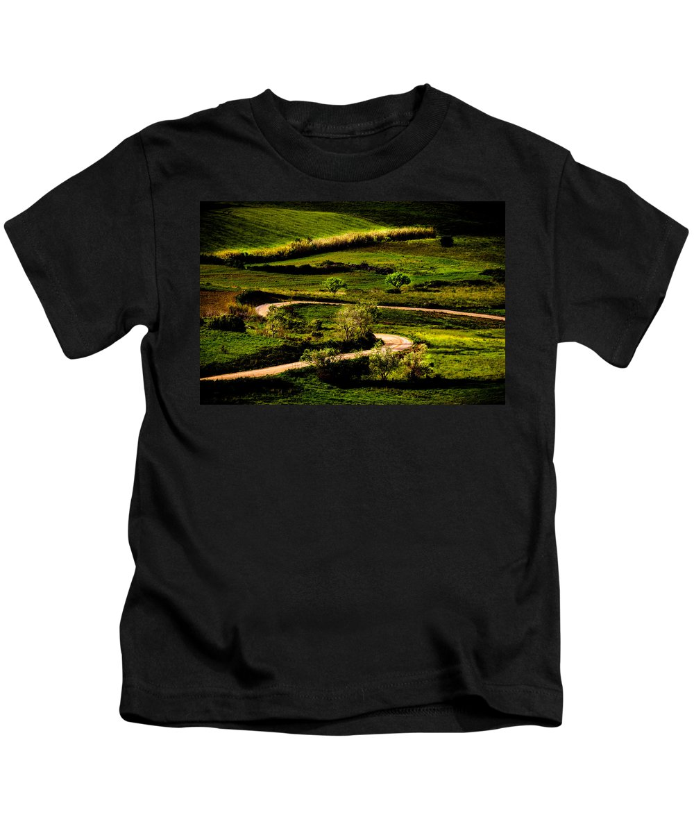 Light Kids T-Shirt featuring the photograph Zigzags Of A Path by Edgar Laureano
