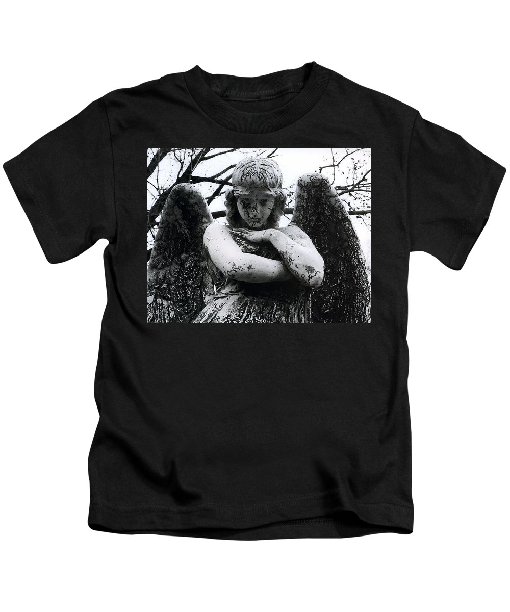 Angel Kids T-Shirt featuring the photograph Bellefontaine Angel by Jane Linders