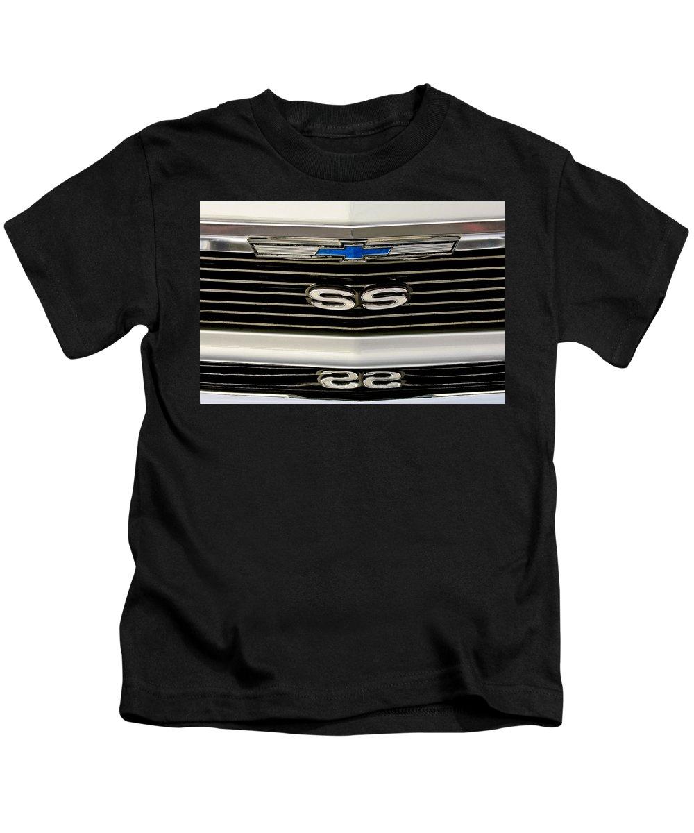 1971 Chevrolet Nova Ss350 Kids T-Shirt featuring the photograph 1971 Chevrolet Nova Ss350 Grille Emblem by Jill Reger
