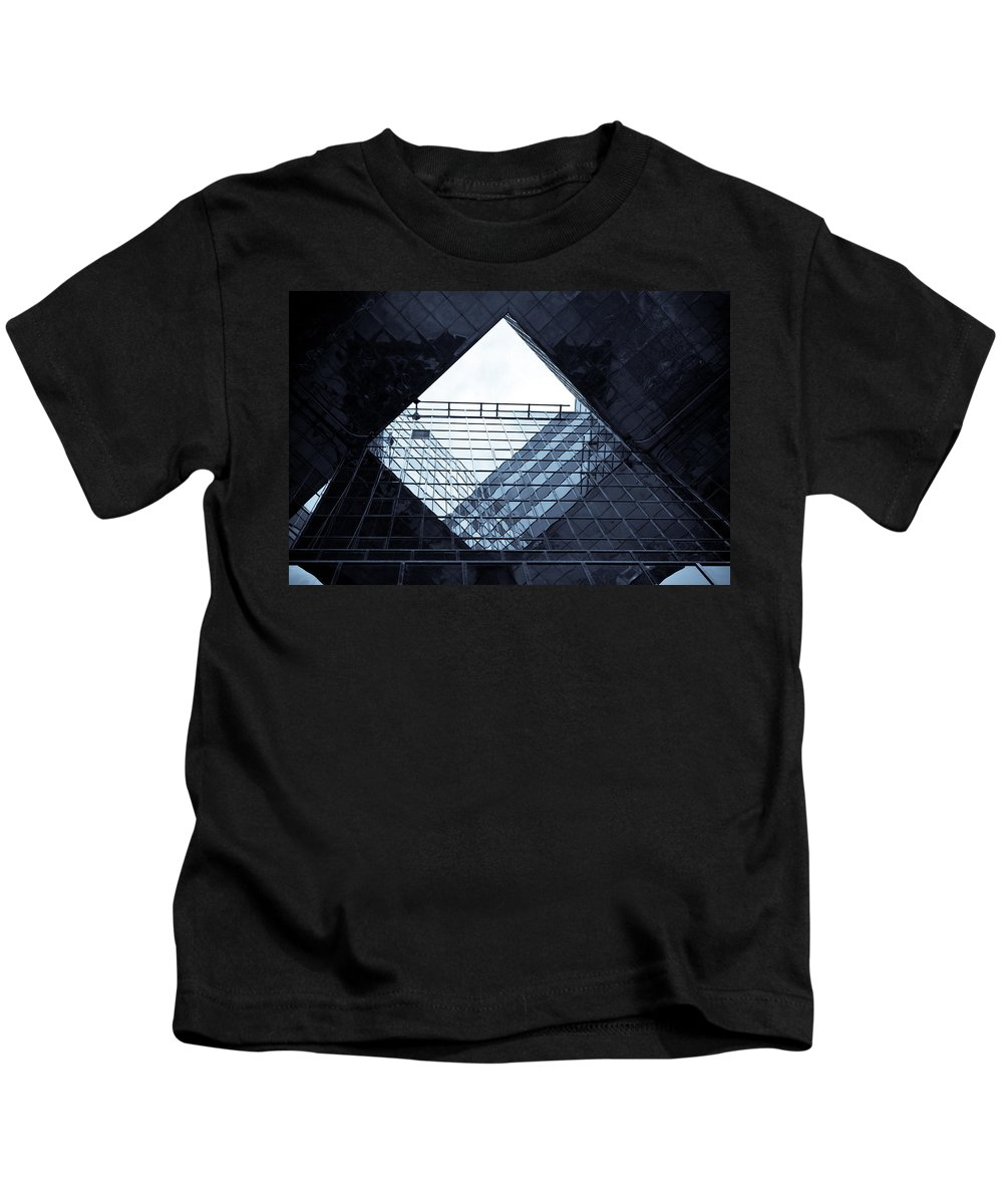Abstract Kids T-Shirt featuring the photograph London Southbank Abstract by David Pyatt