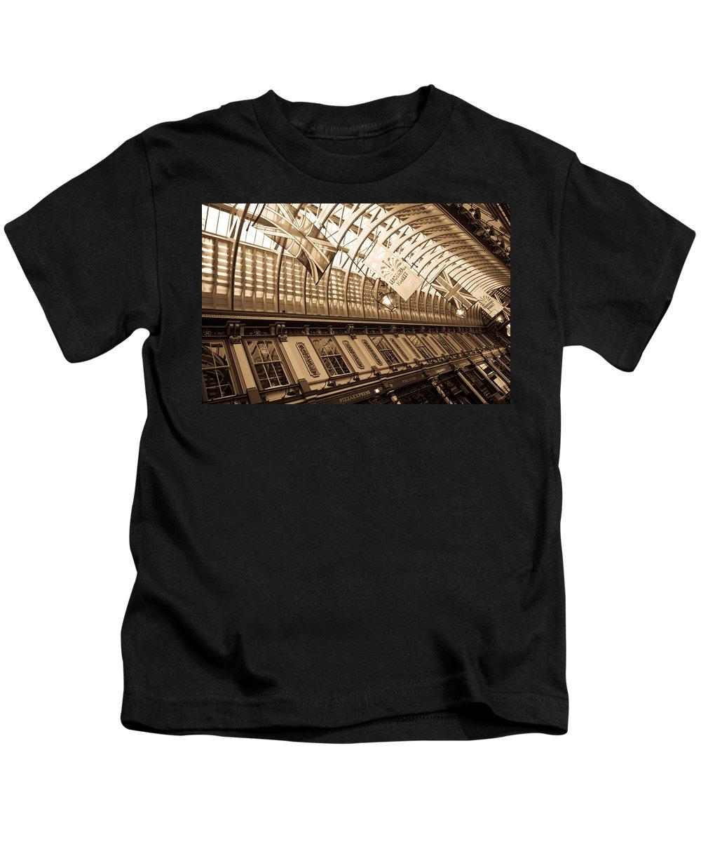 Leadenhall Kids T-Shirt featuring the photograph Leadenhall Market London by David Pyatt