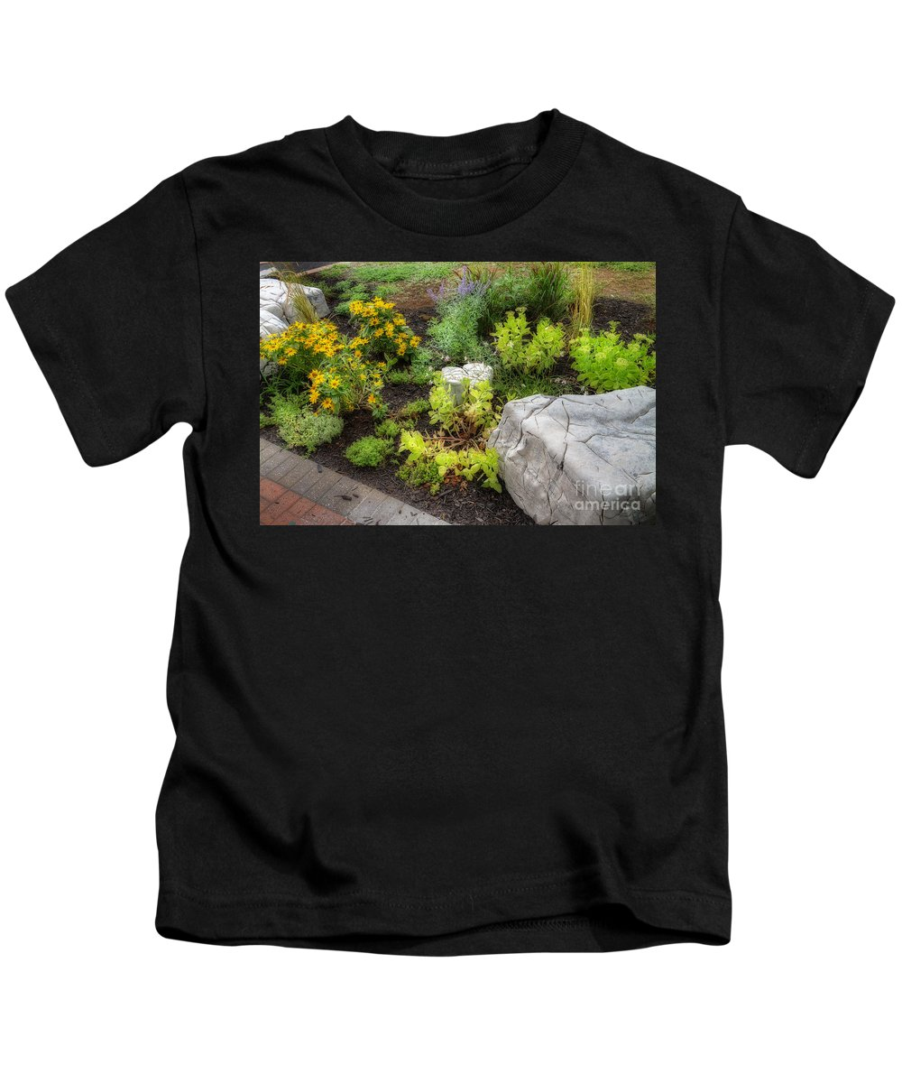 Acrylic Prints Kids T-Shirt featuring the photograph A Corner Of Brenda's Talent by John Herzog