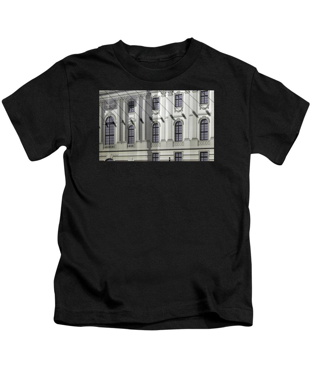 Alte Kids T-Shirt featuring the photograph Alte Bibliothek by RicardMN Photography