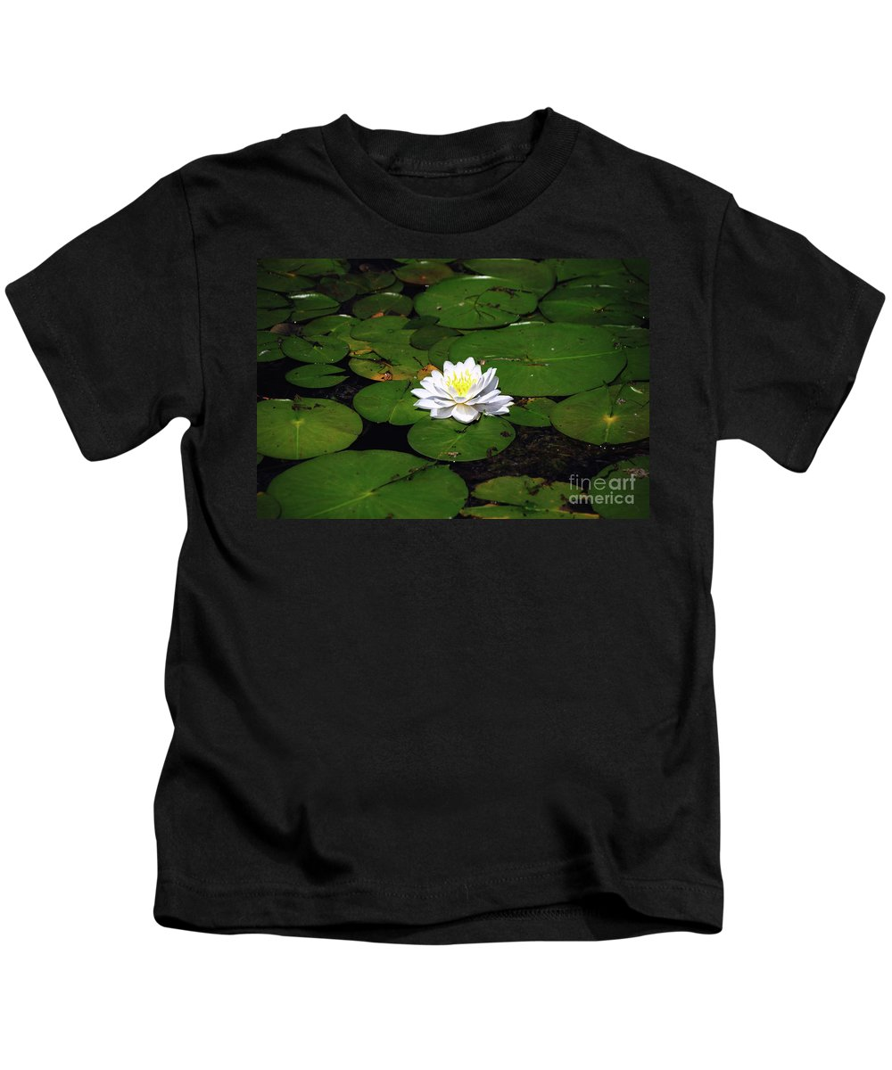 Lily Kids T-Shirt featuring the photograph American White Waterlily by Ronald Grogan