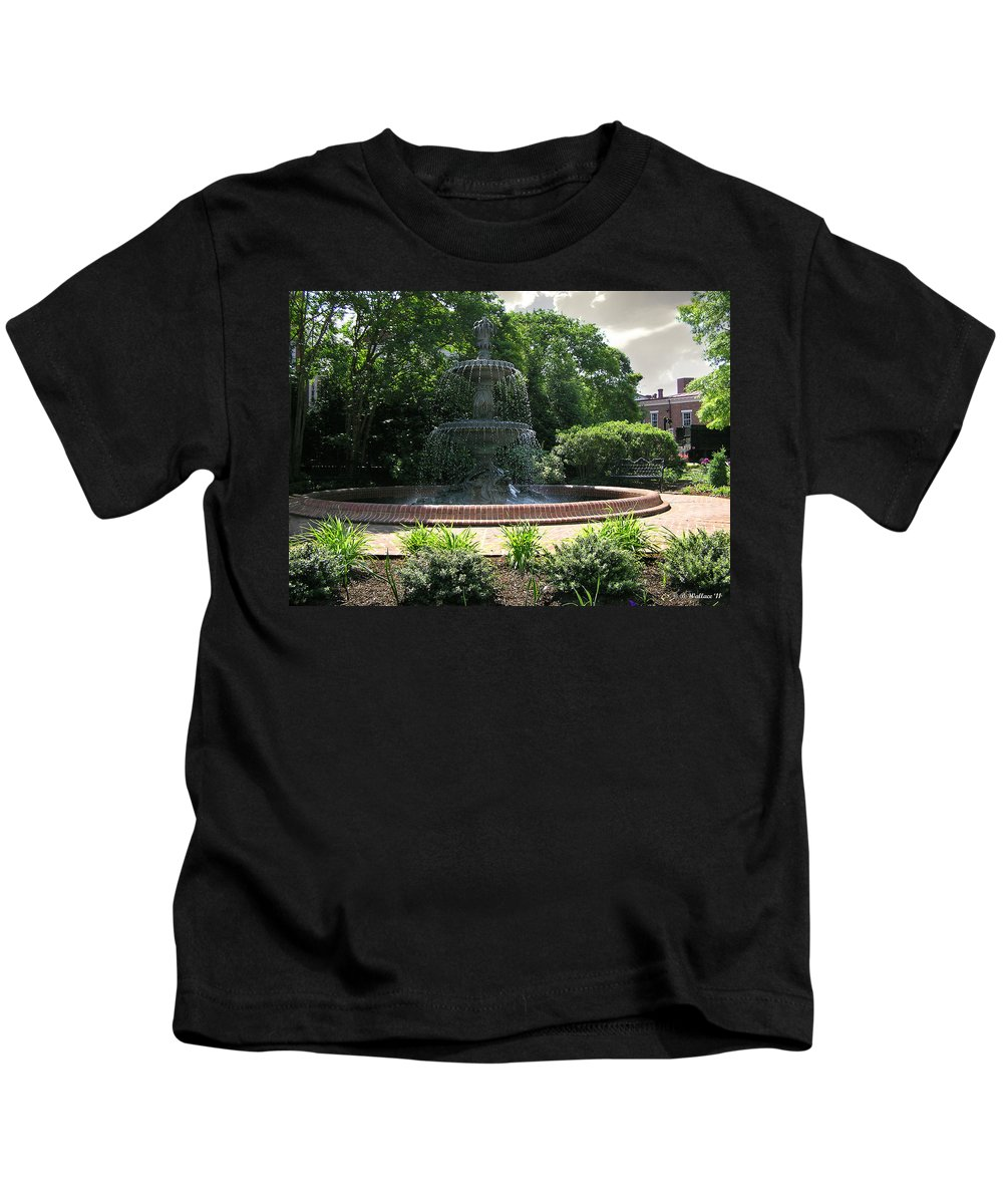 Brian Wallace Kids T-Shirt featuring the photograph Annapolis Fountain by Brian Wallace