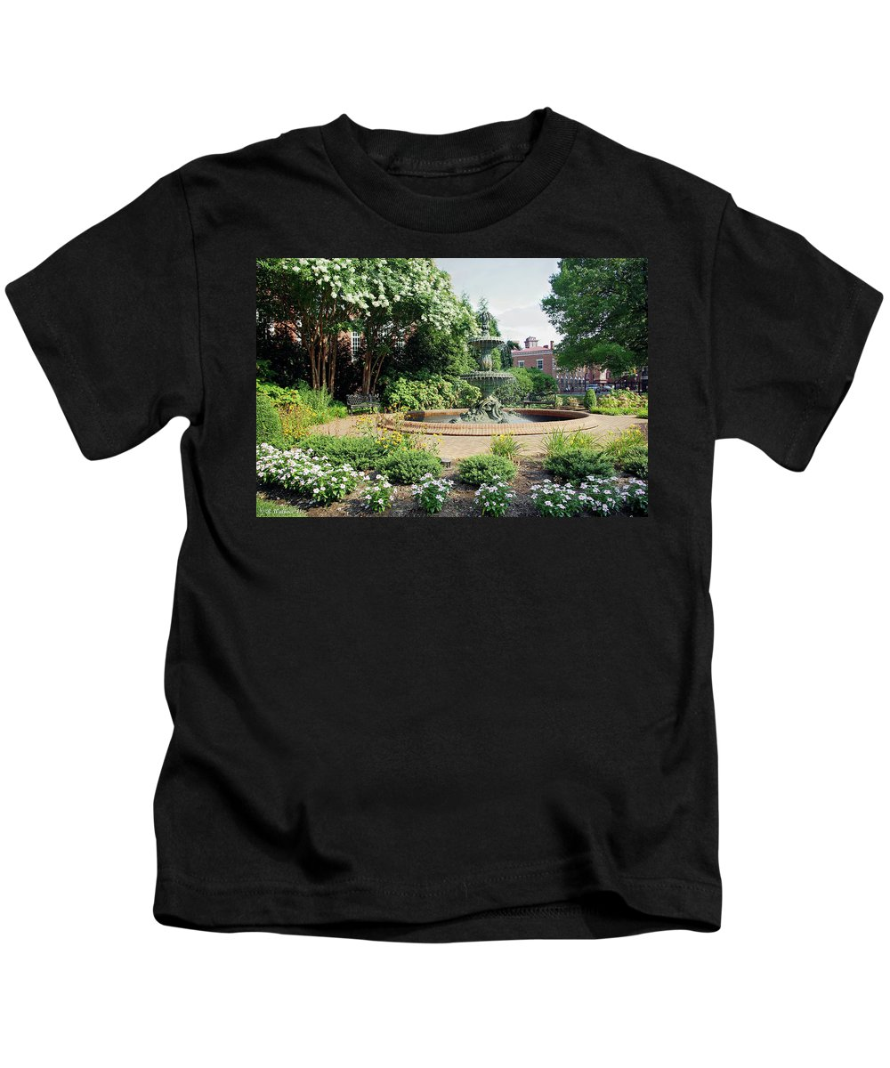 Brian Wallace Kids T-Shirt featuring the photograph Annapolis Fountain Garden by Brian Wallace