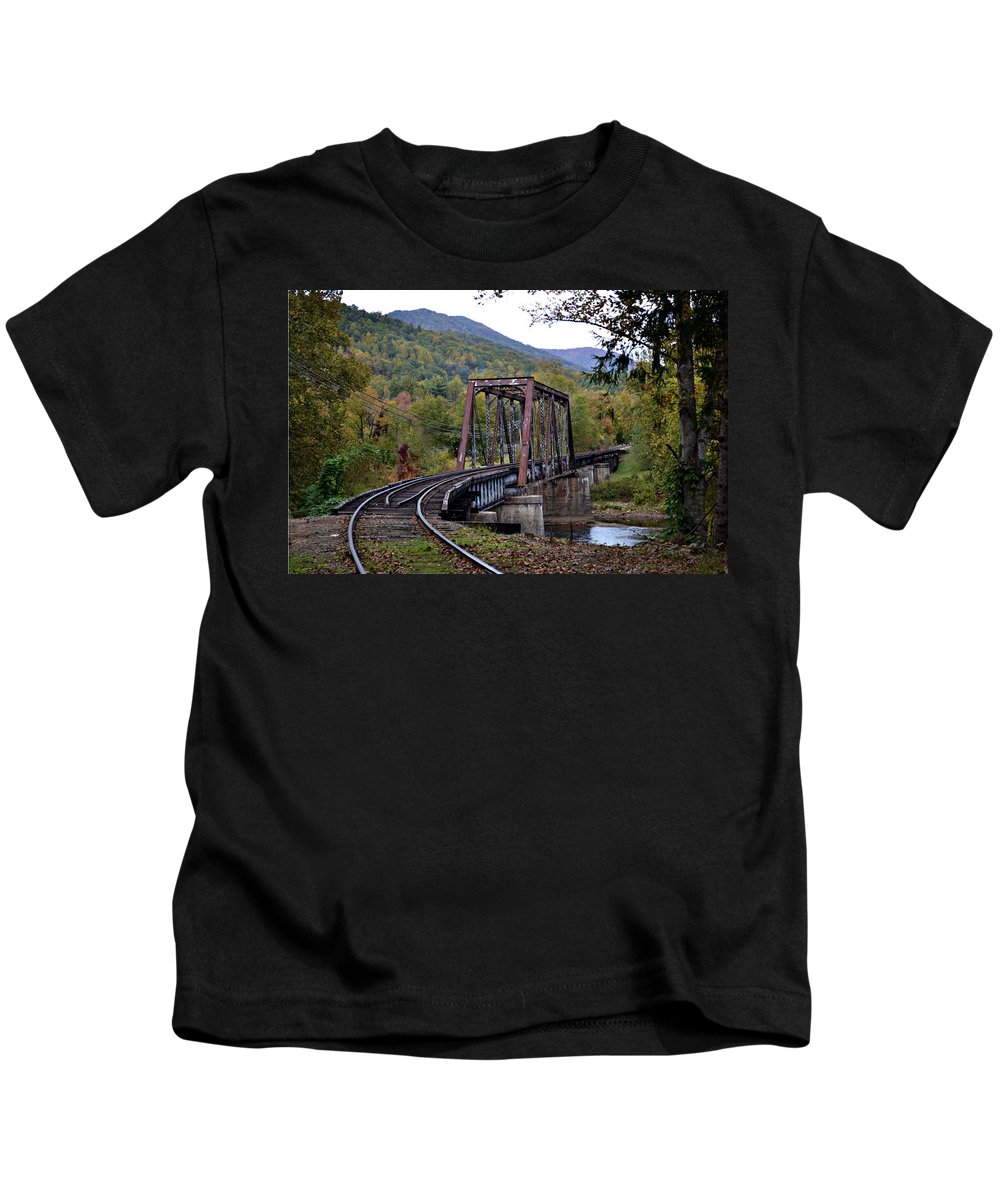 Train Tracks Kids T-Shirt featuring the photograph Around The Bend by Melanie Kirdasi