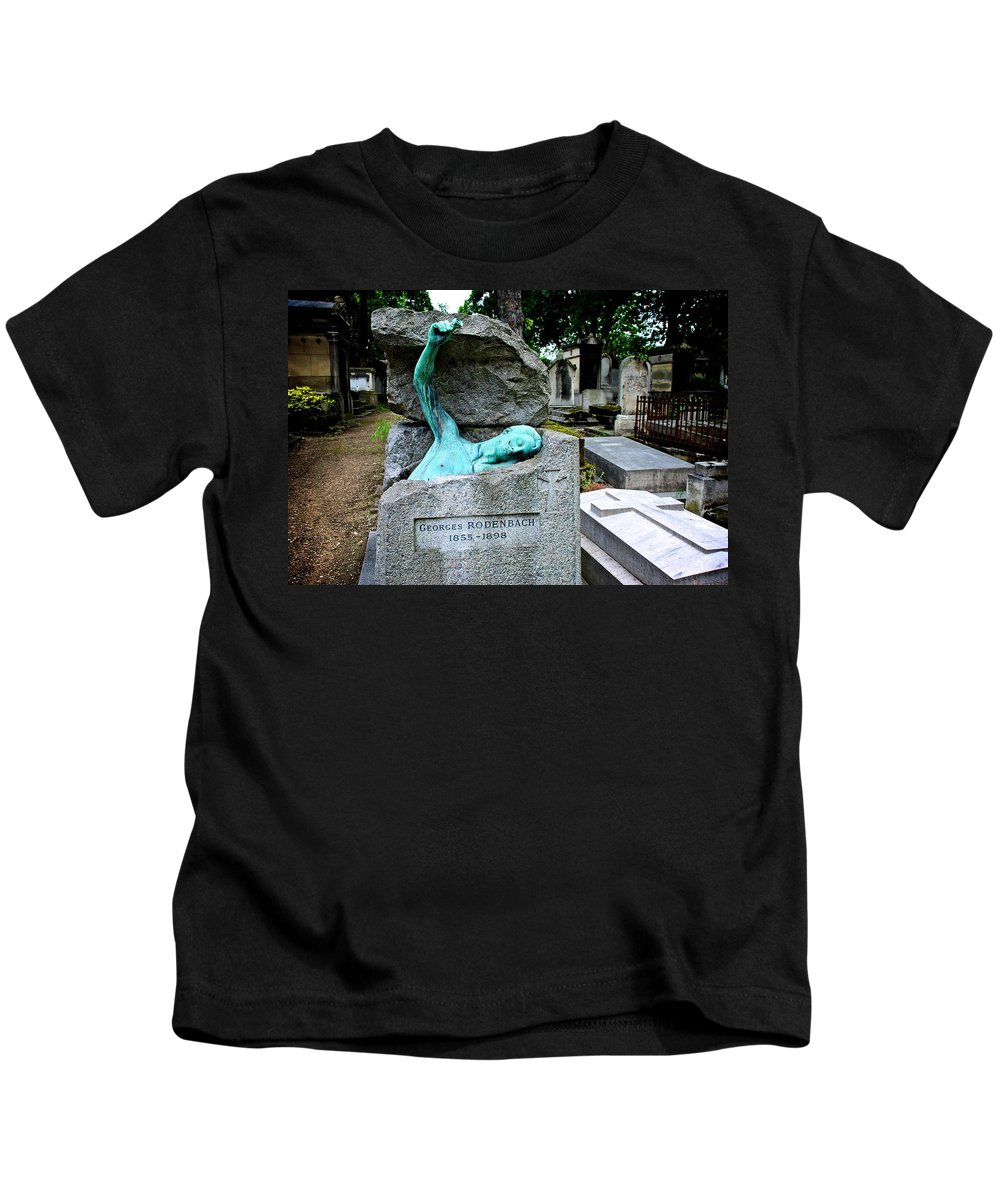 Pere Lacaise Cemetery Kids T-Shirt featuring the photograph Back From The Grave by Eric Tressler