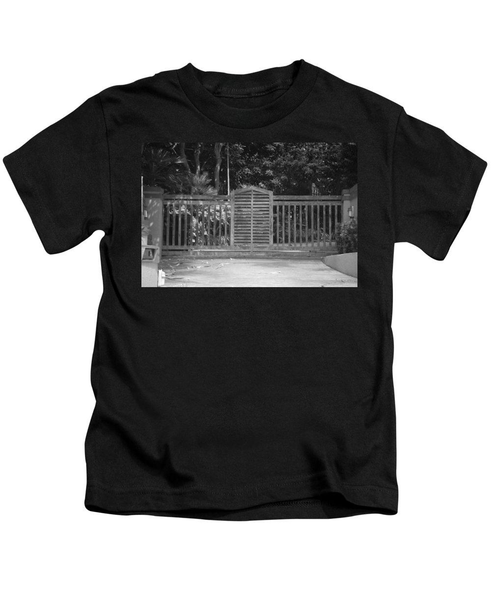 Black And White Kids T-Shirt featuring the photograph Bargate by Rob Hans