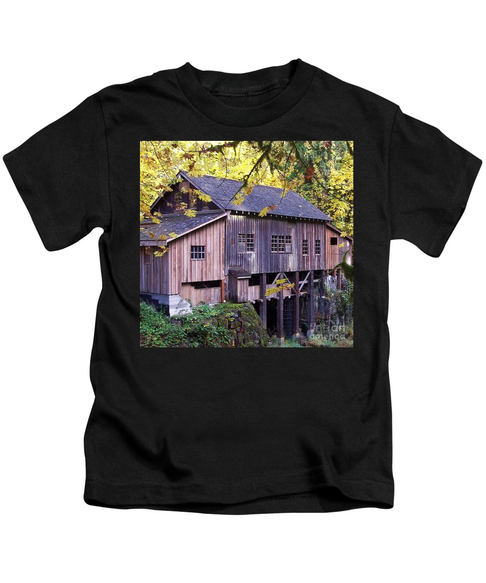 Cedar Creek Grist Mill In Autumn Kids T-Shirt featuring the photograph Cedar Creek Grist Mill In Autumn by Chalet Roome-Rigdon