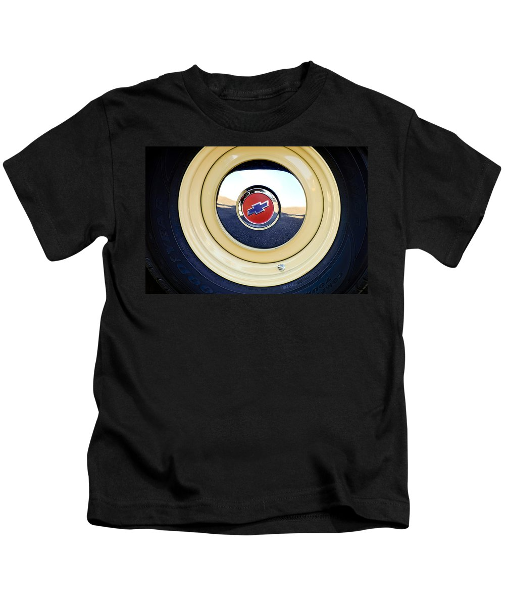 Chevrolet Kids T-Shirt featuring the photograph Chevrolet Wheel Emblem by Jill Reger