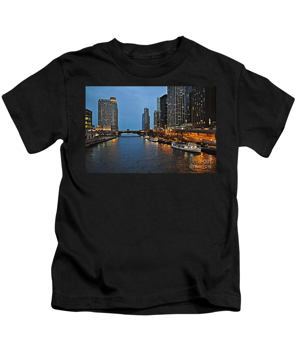 Chicago River Kids T-Shirt featuring the photograph Chicago River At Twilight by Mary Machare