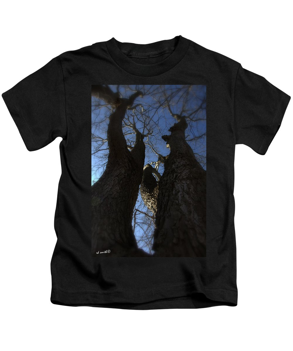 Clash Of Titans Kids T-Shirt featuring the photograph Clash Of Titans by Ed Smith