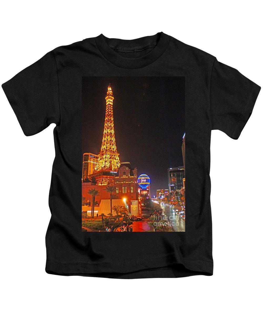 Las Vegas Kids T-Shirt featuring the photograph Eiffel Tower by Randy Harris