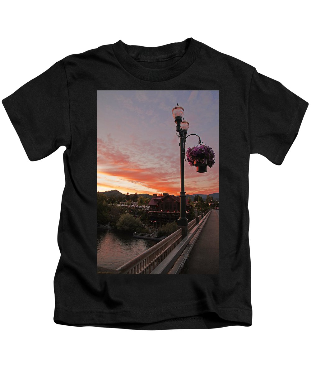 Evening Kids T-Shirt featuring the photograph Evening Color Over Taprock by Mick Anderson