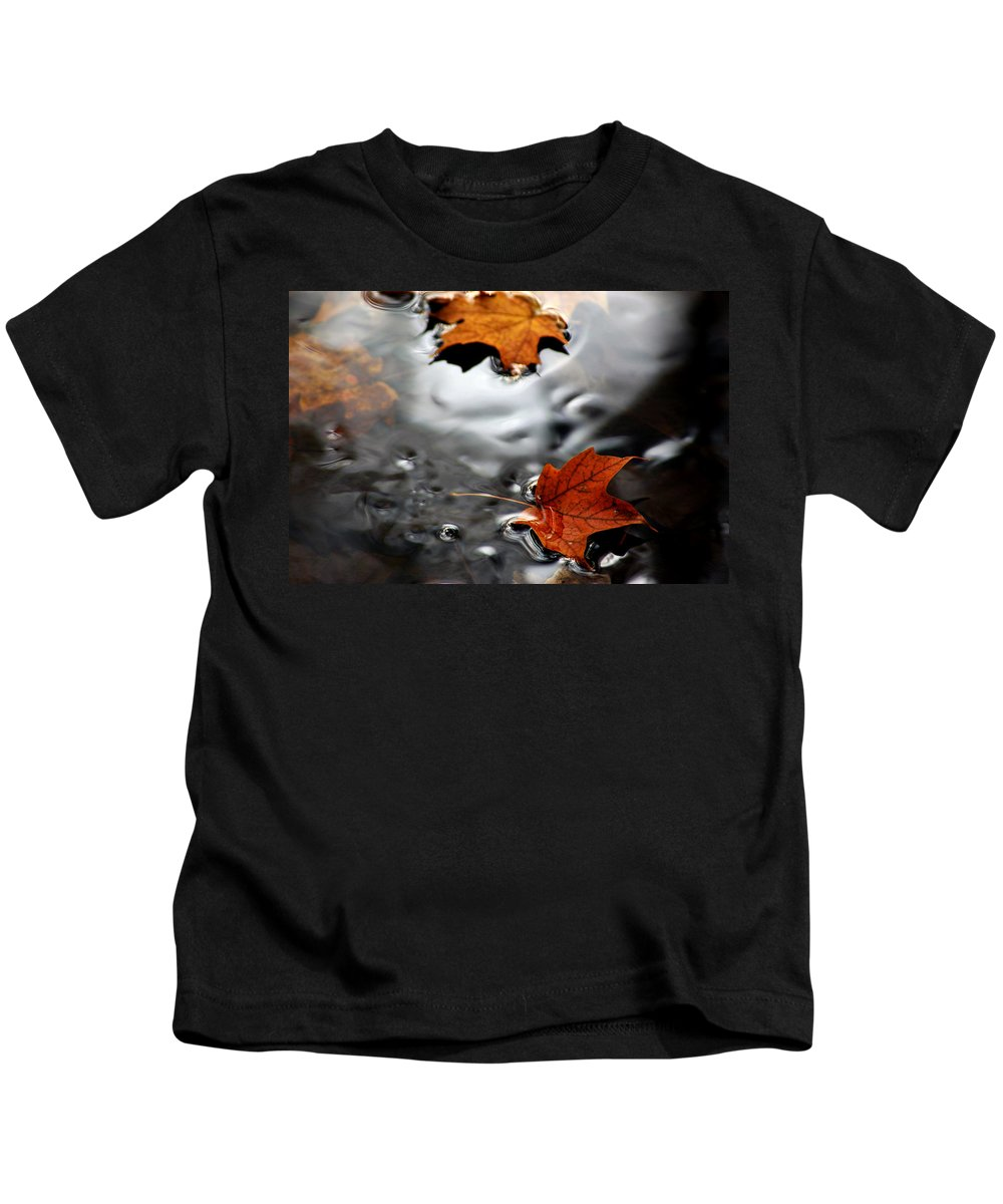 Usa Kids T-Shirt featuring the photograph Floating Maple Leaves by LeeAnn McLaneGoetz McLaneGoetzStudioLLCcom
