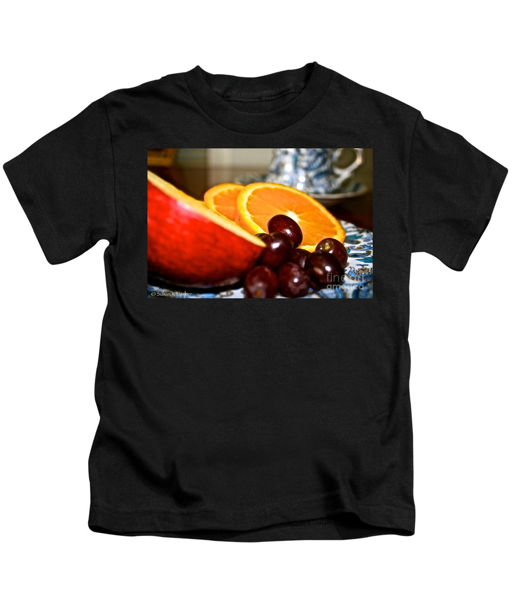 Food Kids T-Shirt featuring the photograph Focus Food by Susan Herber