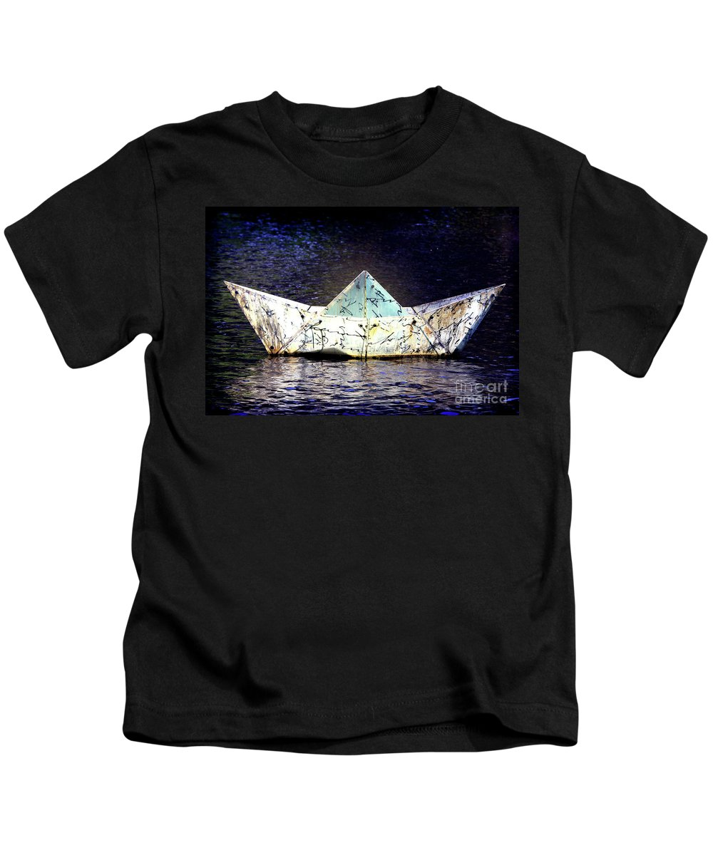 Boat Kids T-Shirt featuring the photograph Glass Bottomed Boat by Stephen Mitchell