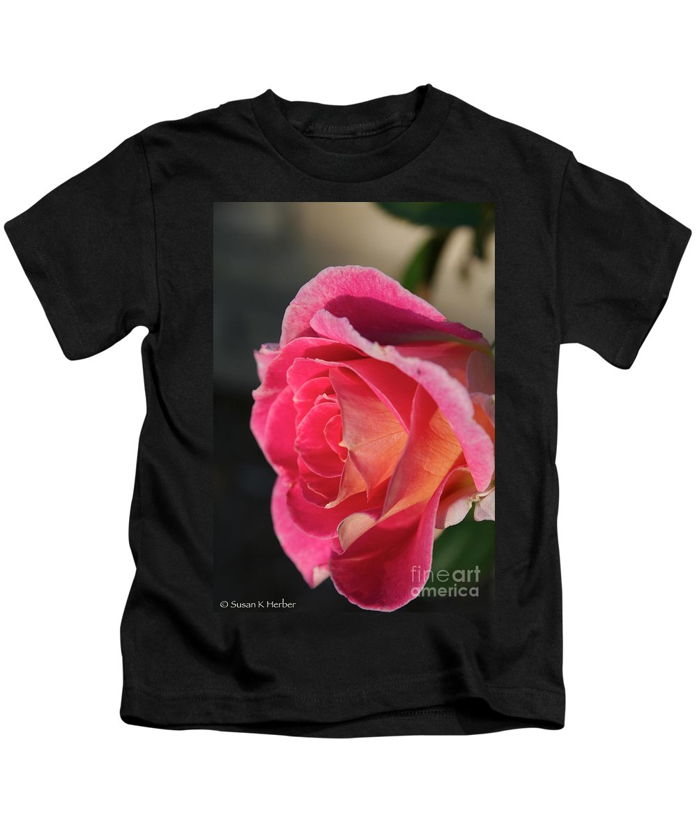 Flower Kids T-Shirt featuring the photograph Greet The Sun by Susan Herber