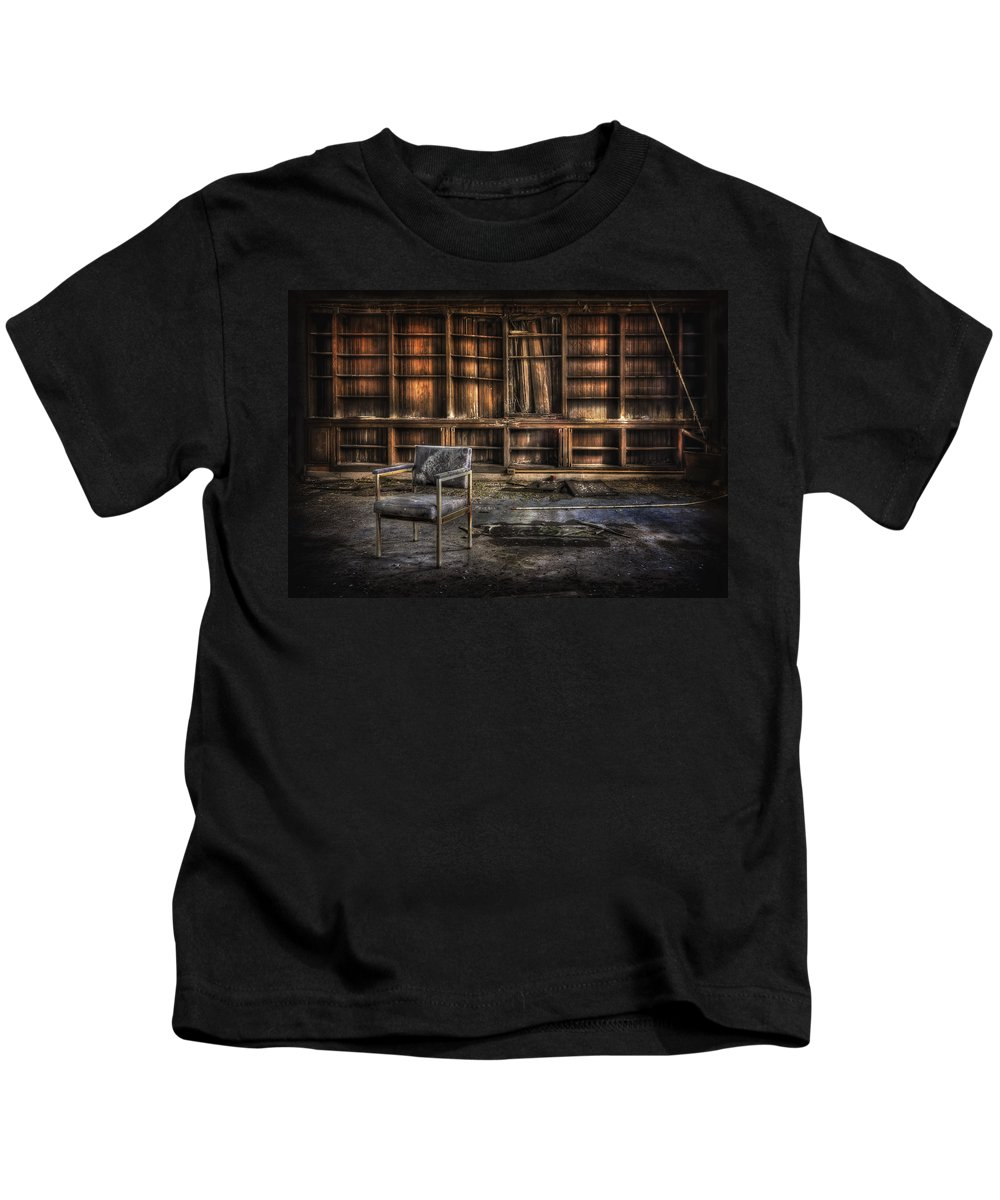 Pilgrim Kids T-Shirt featuring the photograph I Don't Want Your Yesterdays by Evelina Kremsdorf