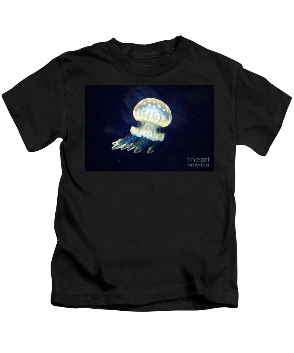Jelly Fish Kids T-Shirt featuring the photograph Jelly Fish by Randy Harris