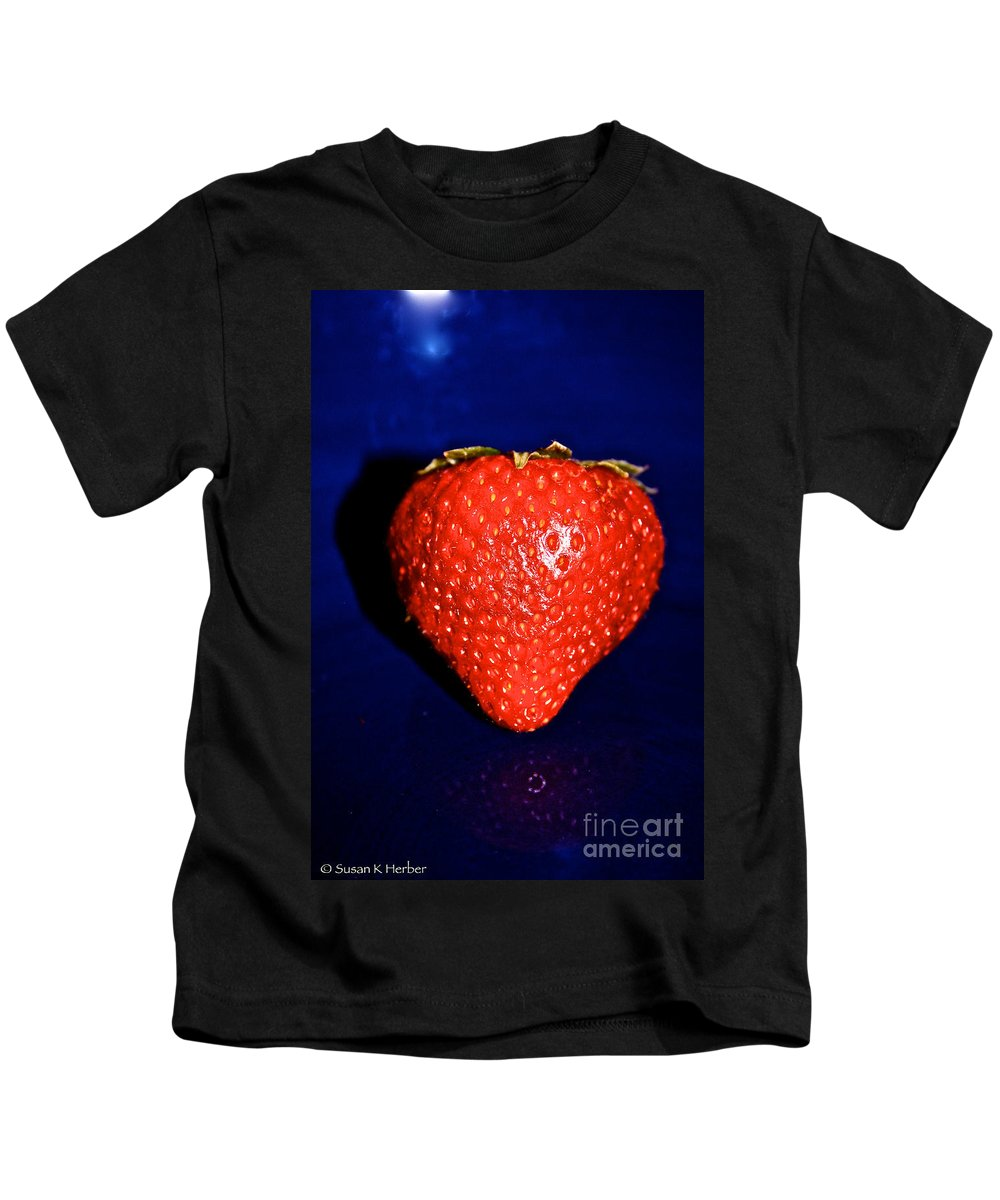Food Kids T-Shirt featuring the photograph Last One by Susan Herber