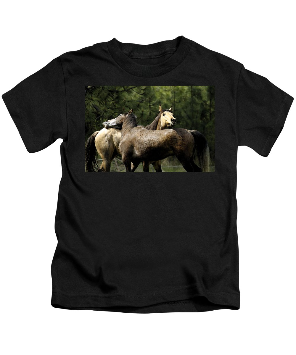 Horse Kids T-Shirt featuring the photograph Lean On Me by Steve McKinzie
