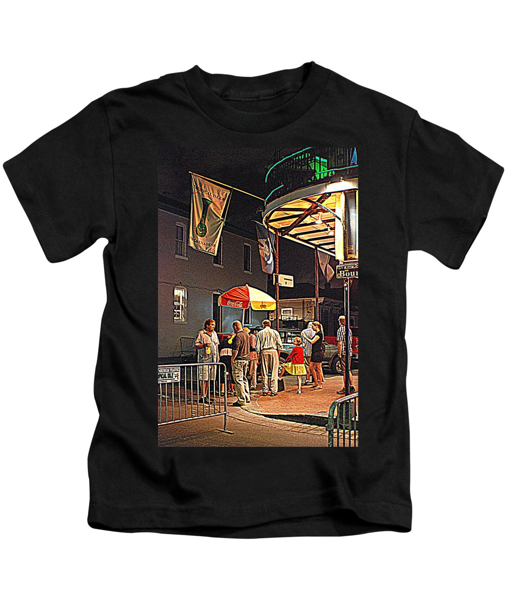 Lucky Dogs Kids T-Shirt featuring the photograph Lucky Girl by Beth Gates-Sully