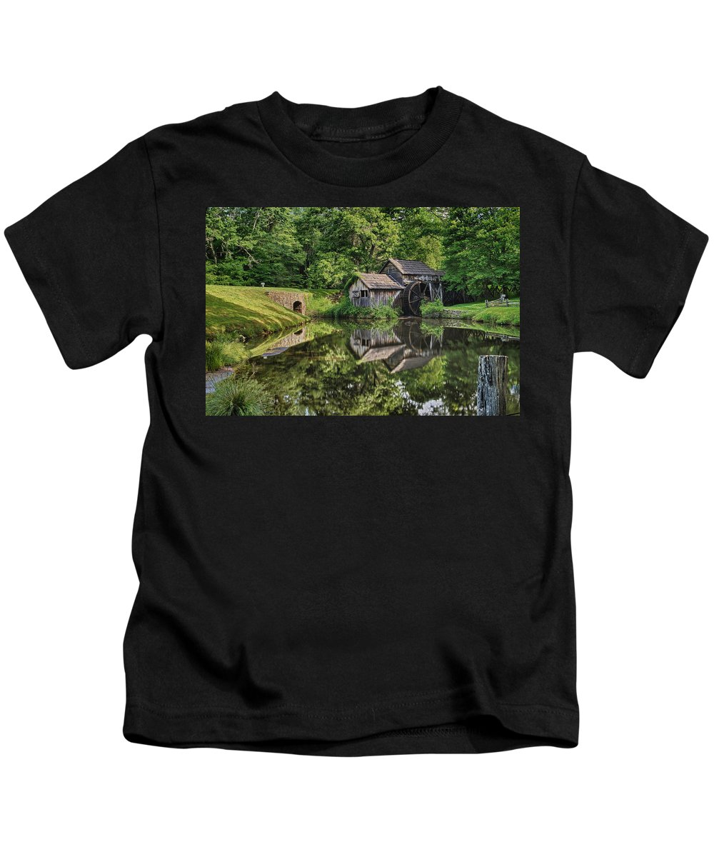 Blue Ridge Parkway Kids T-Shirt featuring the photograph Mabry Mill And Pond With Reflection by Lori Coleman