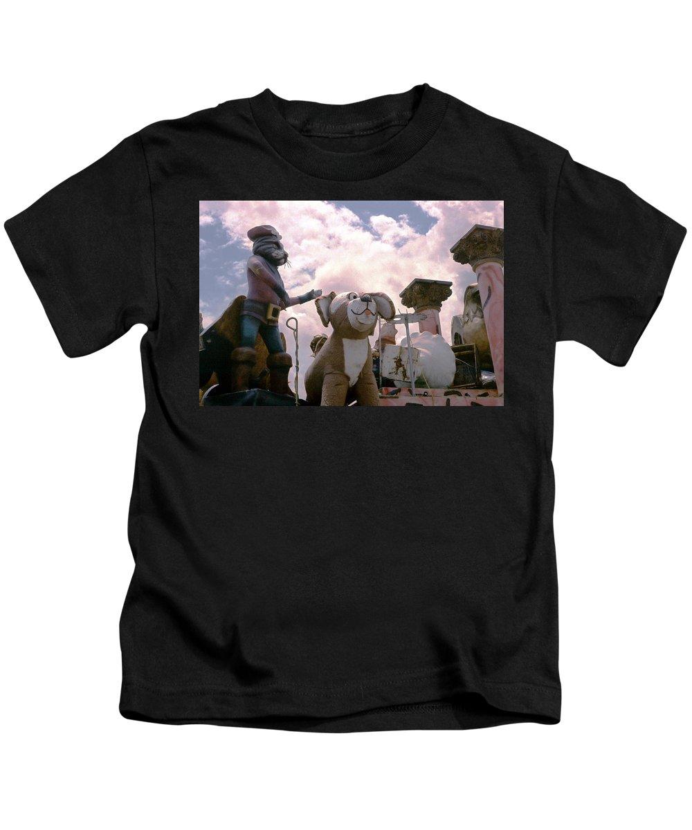 Louisiana Kids T-Shirt featuring the photograph Mardi Gras Float by Doug Duffey
