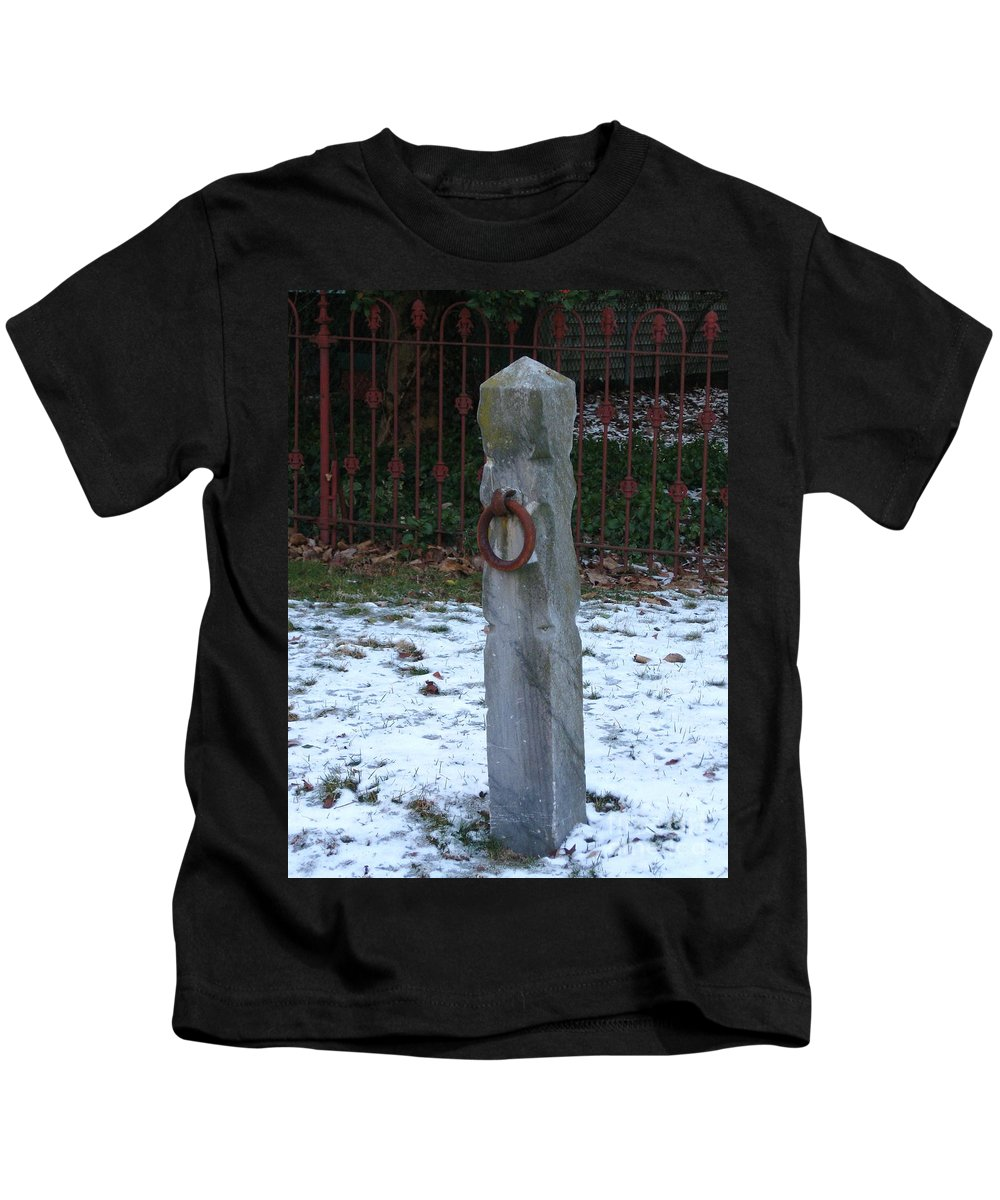Hitching Post Kids T-Shirt featuring the photograph Mauricetown Hitching Post by Nancy Patterson