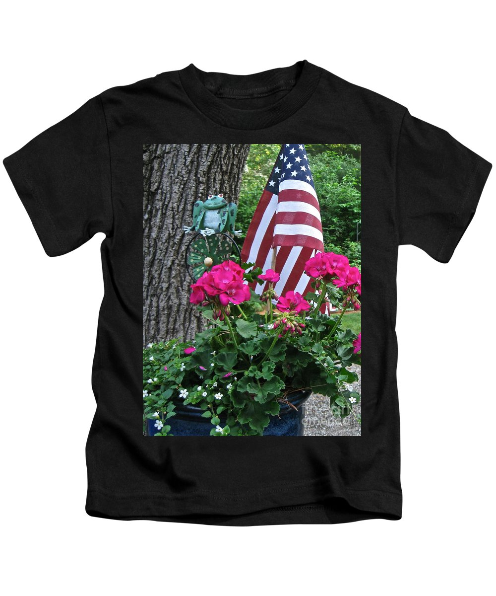 Pink Geranium Kids T-Shirt featuring the photograph Mom's Pink Geranium by Nancy Patterson