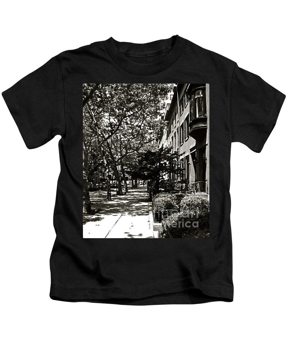 Cityscape Kids T-Shirt featuring the photograph New York Sidewalk by Eric Tressler