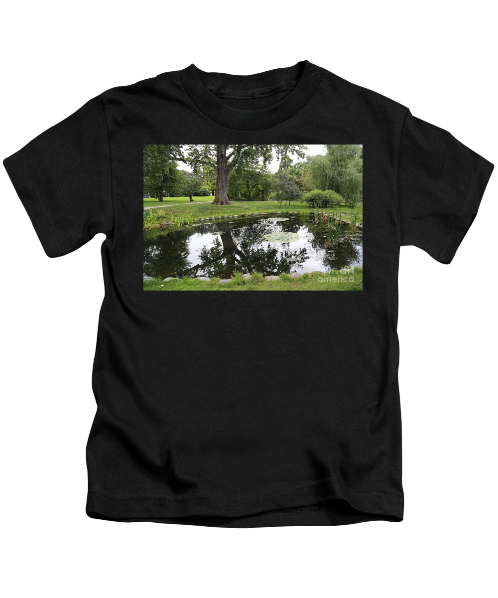 Oslo Kids T-Shirt featuring the photograph Oslo Park by Carol Groenen
