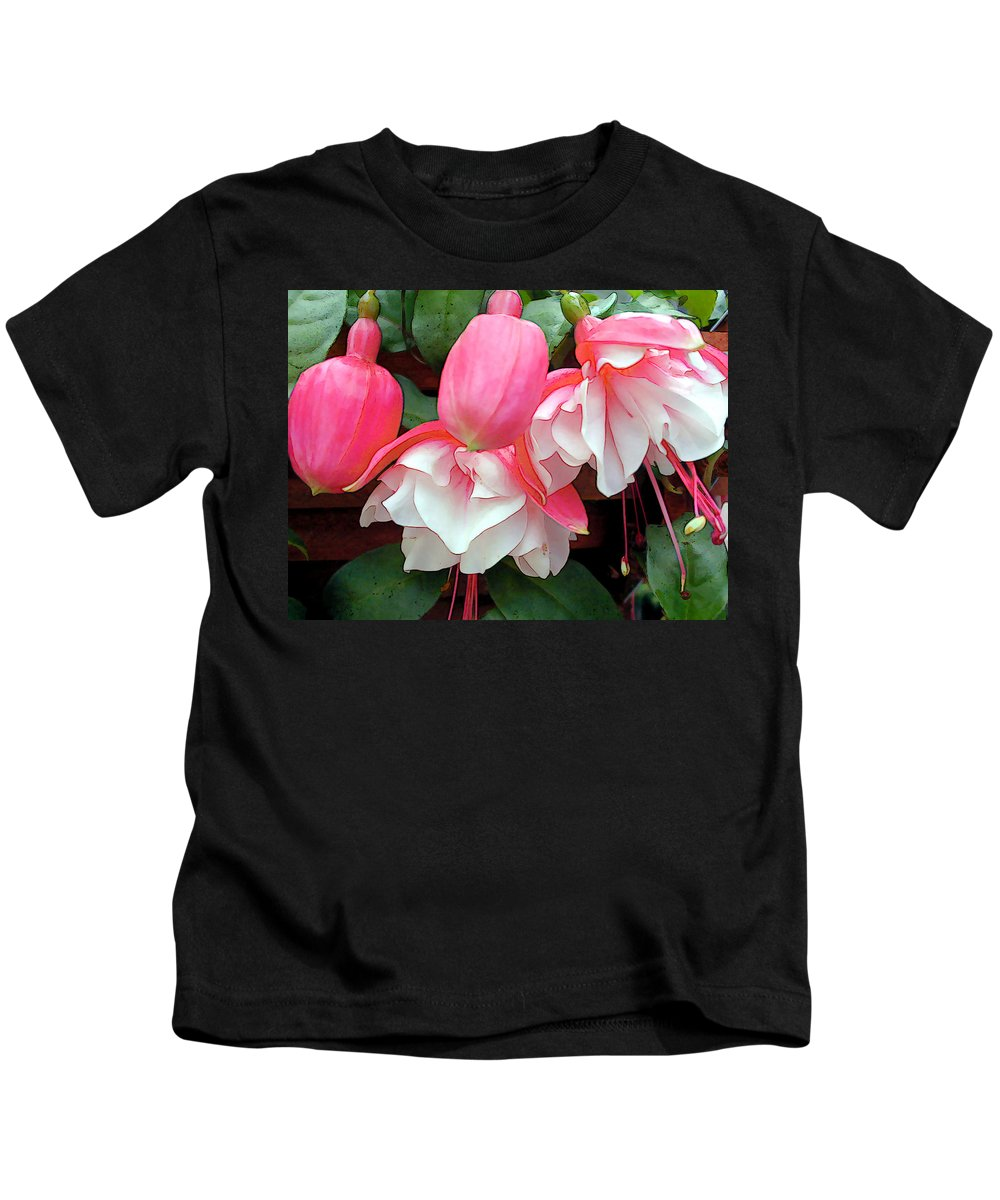 Fuschia Kids T-Shirt featuring the painting Pink And White Ruffled Fuschias by Elaine Plesser