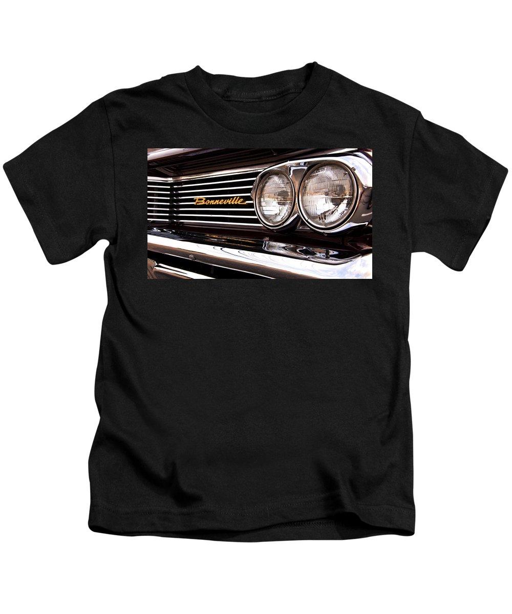 Bonneville Kids T-Shirt featuring the photograph Pontiac Bonneville by Glenn Gordon