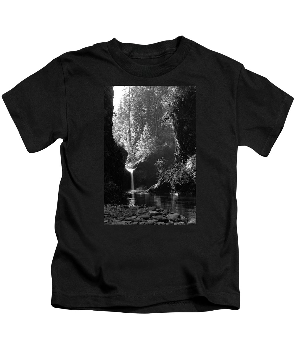 Oregon Kids T-Shirt featuring the photograph Punchbowl Falls 2 by Steve Warnstaff