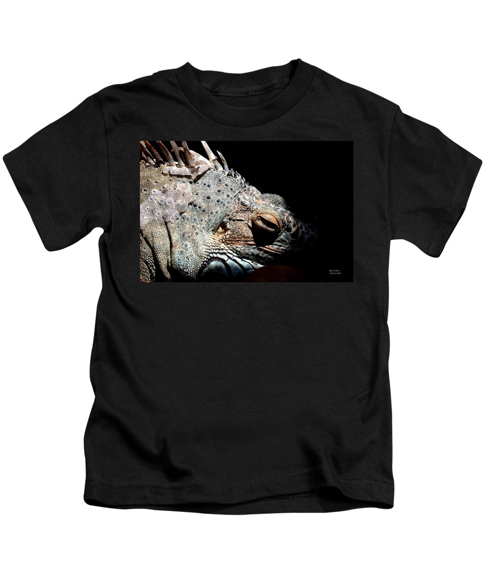 Scales Kids T-Shirt featuring the photograph Scales And Spikes by Maria Urso