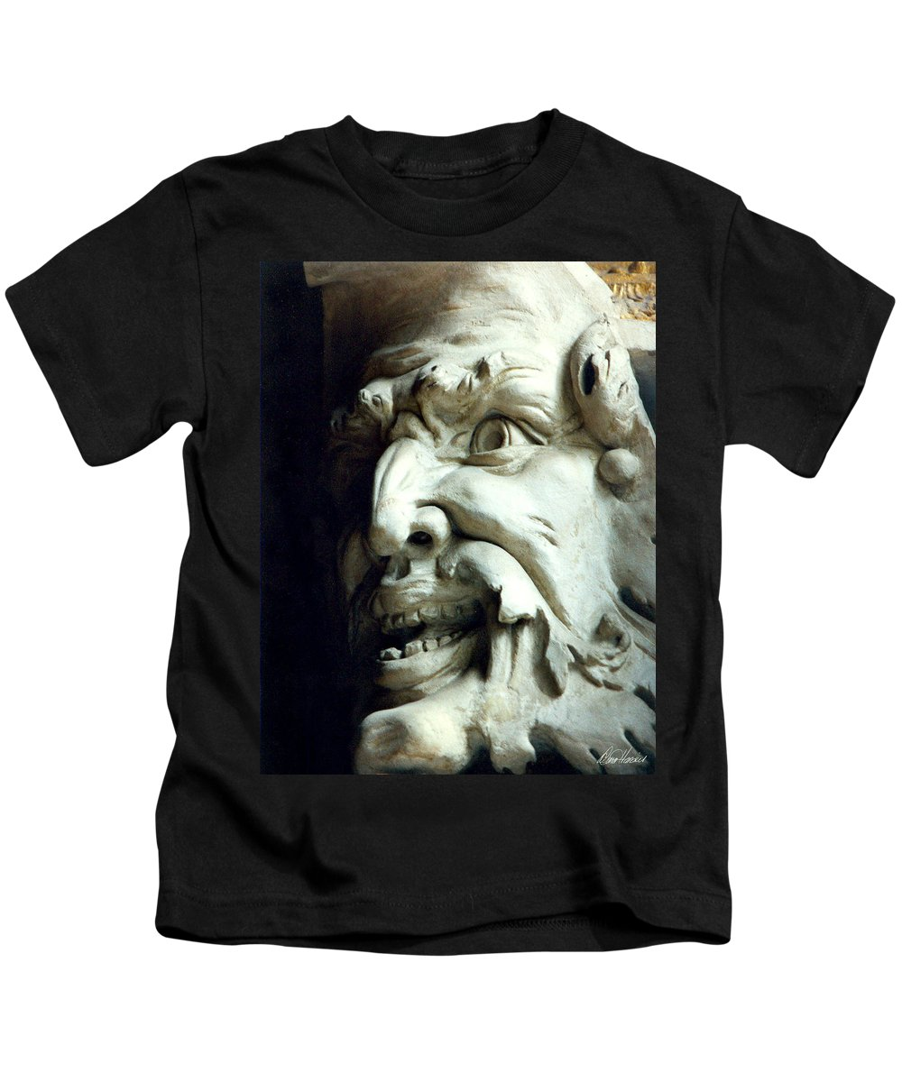 Gargoyle Kids T-Shirt featuring the photograph Scary Face by Diana Haronis