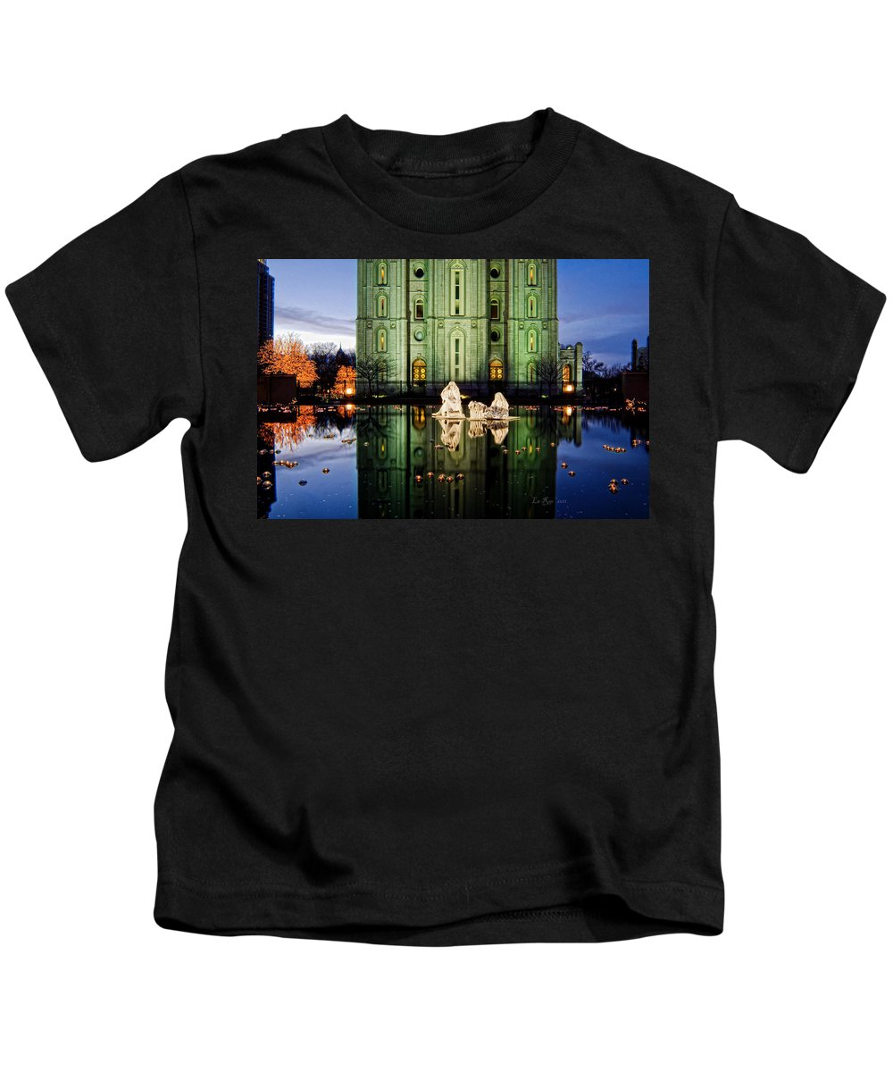 Christmas Photography Kids T-Shirt featuring the photograph Slc Temple Nativity by La Rae Roberts